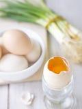 生态学鸡蛋。 免版税库存照片