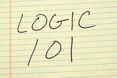 在一本黄色便笺簿的逻辑101 库存图片