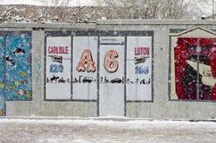 在一条城市街道上的大雪在冬天在曼彻斯特Leve 库存图片