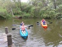 在一条河的皮船在阿根廷 免版税库存照片