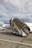 在一架专用喷气机的梯子 免版税库存图片