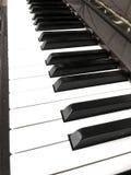 在一架美丽的钢琴的钥匙 免版税库存照片