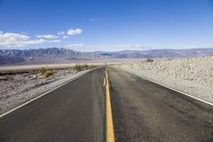 在一次旅行通过内华达沙漠,美国 图库摄影