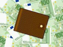 在一百欧元背景的钱包 免版税库存照片