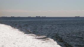 在一艘快速的筏的巡航 影视素材