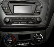 在一辆现代汽车的控制板 库存图片