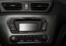 在一辆现代汽车的控制板 图库摄影