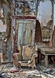 腐朽的椅子在Randsberg 免版税图库摄影