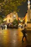 在七个拨号盘伦敦的多雨秋天晚上 库存照片