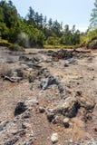 在万鸦老,印度尼西亚附近的亚硫的湖 库存图片