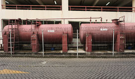 在三宝垄拍的停车场照片附近的储水箱印度尼西亚 图库摄影