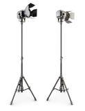 在三脚架的演播室照明设备在白色 3d 库存照片