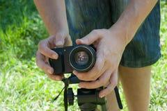 在三脚架登上的照片照相机 库存图片
