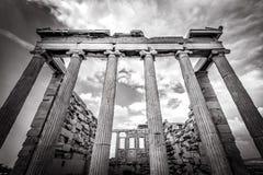 在上城的Erechtheion寺庙,雅典,希腊 免版税库存照片