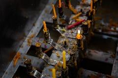 在下午期间的Wat查龙寺庙,普吉岛,泰国 免版税库存照片
