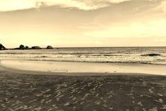 在下午末期的海 免版税图库摄影