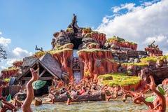 在不可思议的王国的飞溅山,华特・迪士尼世界 免版税图库摄影
