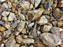 在不同的大小和形状石头的纹理  免版税库存图片