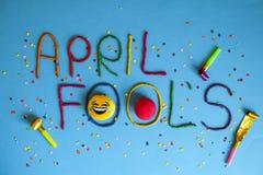 在不同的颜色plastecine写的滑稽的字体一日愚人节  免版税图库摄影