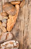 在不同的类型上添面包 图库摄影