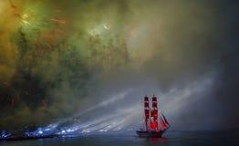 在不眠夜节日期间,庆祝猩红色风帆显示, 免版税库存照片