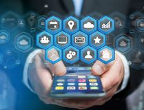 在与技术的一个未来派接口显示的应用中心 免版税库存照片