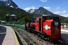 在世界的最南端的铁路在地球边缘 库存照片