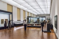 在东京国立博物馆的访客Honkan日本画廊 库存图片