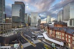 在东京站的东京,日本都市风景 库存图片