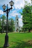 在东正教的背景的老灯笼 库存照片