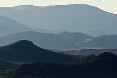 在东部山脉山麓小丘的日出 库存图片