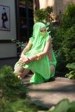 在东部样式打扮的年轻美丽的妇女 库存图片