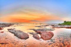 在东部点,北方领土,澳大利亚的日落风景 免版税图库摄影