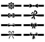 在丝带集合的剪影弓 皇族释放例证