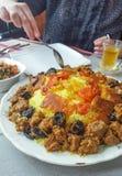 在中亚肉的多数名菜用米-肉饭 库存图片