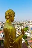 在中国佛教寺庙,曼谷,泰国的菩萨雕塑 库存照片