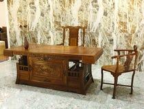 在中国古典样式的办公家具 图库摄影