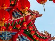 在中国寺庙的红色中国灯笼细节 库存照片