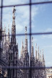 在中央寺院二米兰的雕塑 库存图片