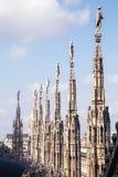 在中央寺院二米兰的雕塑 免版税图库摄影