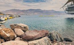 在中央海滩的看法在埃拉特 免版税库存图片