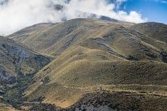 在中间地球岩石,新西兰的山脉 库存照片