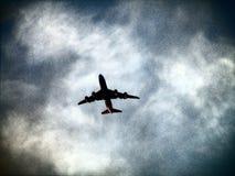 在中间飞行 免版税库存图片