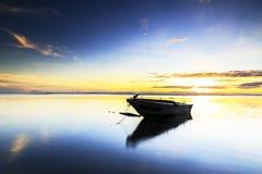 在丹戎aru海滩,纳闽的小船 马来西亚15 免版税库存照片