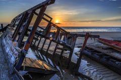 在丹戎aru海滩,纳闽的击毁 马来西亚04 图库摄影