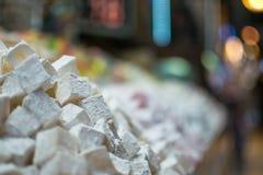 在义卖市场的土耳其快乐糖 库存照片