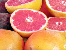 在义卖市场的特拉维夫葡萄柚2012年 库存照片