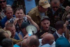在乌克兰议会之外的碰撞 免版税库存图片