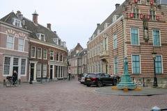 在乌得勒支,荷兰老街道上的人们  库存照片