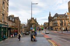 在乔治四世桥梁的街道视图在爱丁堡,苏格兰,英国 免版税库存图片